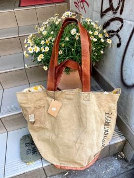 Mycha Ibiza, Big Shopper Talamanca-Koordinaten 1035